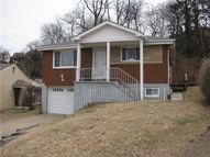 21 Kearns Place Pittsburgh PA, 15205