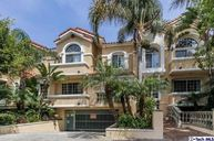 1076 South Orange Grove Avenue 2 Los Angeles CA, 90019