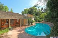 946 Inverness Drive La Canada Flintridge CA, 91011