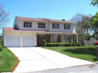 44 Parkridge Cir Port Jefferson Station NY, 11776