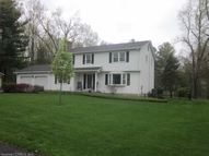 25 Lighthouse Hill Rd Windsor CT, 06095
