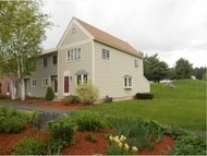 131 Fox Hollow Hudson NH, 03051