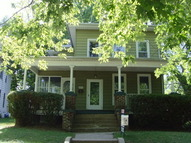 424 N Vanburen Freeport IL, 61032