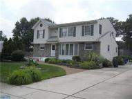 405 Ivystone Ln Riverton NJ, 08077