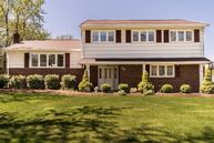 10 Old Chester Dr Parsippany NJ, 07054