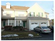 41 Woods Edge Ct Parlin NJ, 08859