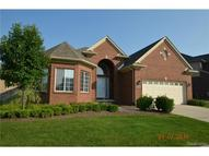 30122 Trailwood Drive Warren MI, 48092