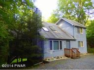 109 Mountain Snow Circle Tafton PA, 18464