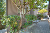 17490 Ne 40th Place #H3 Redmond WA, 98052