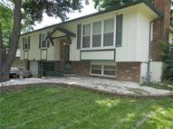204 Sw Sandstone Drive Blue Springs MO, 64014