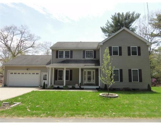 18 Parkway Ave Billerica MA, 01821