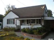 21 Montgomery St Brentwood NY, 11717