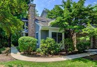 23 Brookwood Ct Princeton NJ, 08540