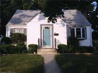 37 Elm Ct Ext East Haven CT, 06512