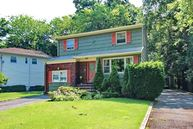 8 Glen Ave Summit NJ, 07901