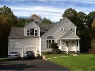 64 Timberwood Trl Hamden CT, 06514