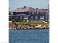 14 Clubhouse Point Rd Groton CT, 06340
