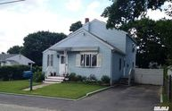 54 N Clinton Ave Patchogue NY, 11772