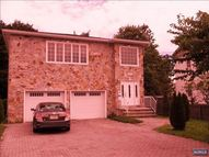 87 Home Pl Fl2 Lodi NJ, 07644