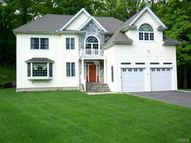 19 Woodlawn Drive Trumbull CT, 06611