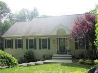41 Lacey Rd Bethany CT, 06524