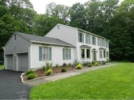 40 Carriage House Drive Danbury CT, 06810