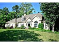 305 Mossy Pointe Johns Creek GA, 30097