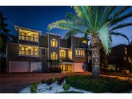 1062 Point Seaside Dr Crystal Beach FL, 34681