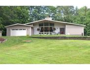 883 General Knox Road Russell MA, 01071