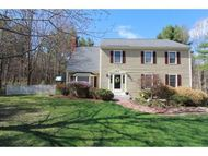 5 Wellesley Drive Bedford NH, 03110