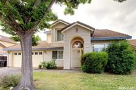 4513 Castle Grove Way Elk Grove CA, 95758