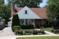 892 Oakwood Avenue Lake Forest IL, 60045