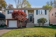 23 Fairweather Drive Norwalk CT, 06851