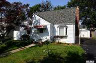 2342 Maple St Seaford NY, 11783