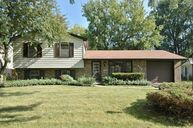 256 Bell Drive Cary IL, 60013