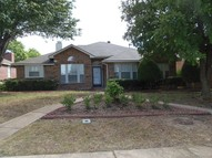 812 Twin Creek Drive Desoto TX, 75115