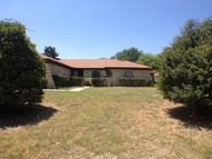 320 Goldfinch Dr Fort Worth TX, 76108