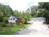 13064 Woodcrest Ln Chesterland OH, 44026
