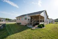 805 Fossilridge Drive Manhattan KS, 66503