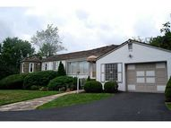 97 Southern Hilands Dr Upper Saint Clair PA, 15241