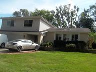 825 Brentwood Drive Bensenville IL, 60106