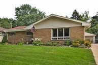 2458 S 99th St West Allis WI, 53227