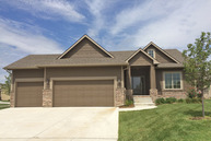933 Threewood Ct Andover KS, 67002