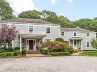 355 Private Rd Syosset NY, 11791