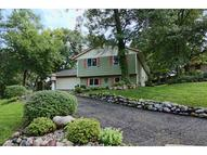 713 Country Place Burnsville MN, 55337