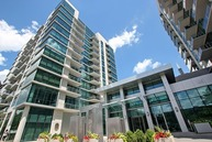 123 South Green Street 1008b Chicago IL, 60607