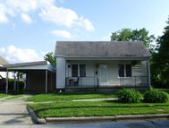 104 West King St Fairfield IL, 62837