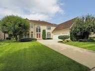 1316 East Camelot Court Arlington Heights IL, 60004