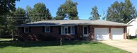 102 Oakwood Olney IL, 62450