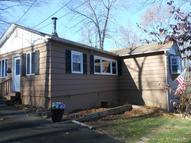 21 Deer Lane New Fairfield CT, 06812